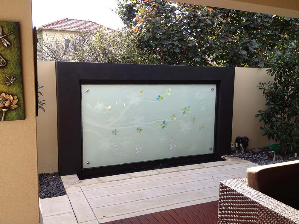 outdoor garden glass feature
