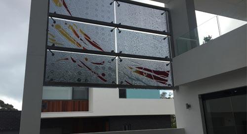 outdoor privacy slumped glass