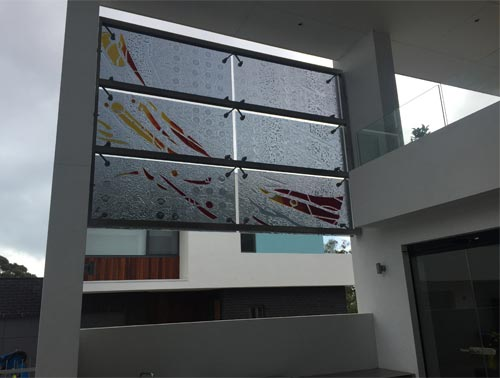 outdoor privacy slumped glass