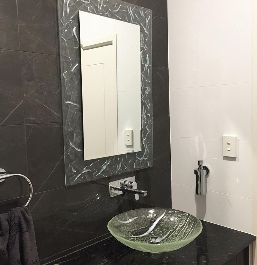 glass hand basin & Mirror bathroom