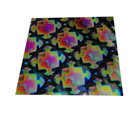 Mixture on Puzzle Pattern dichroic glass